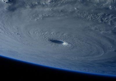 Soportar 4 huracanes en 6 semanas